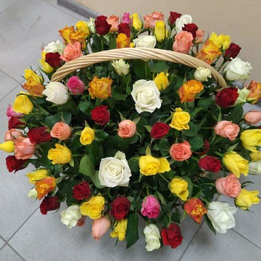 Корзина со 101 розой
