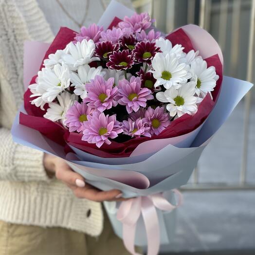 Букет Сияющая улыбка из хризантем