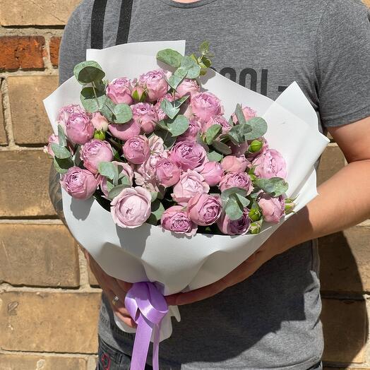 Пионовидные розы лаванда баблз