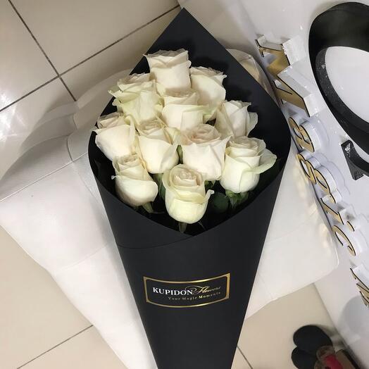 Конус на 11 роз