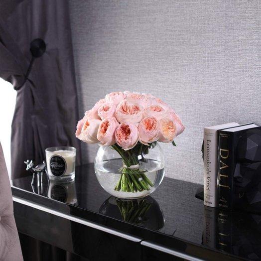 Букет из 25 роз Juliet в вазе
