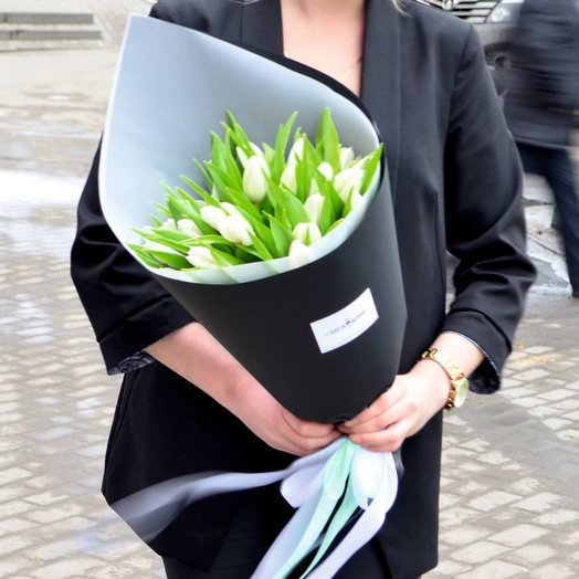 Букет из 21 тюльпана ПРЕМИУМ: букеты цветов на заказ Flowwow