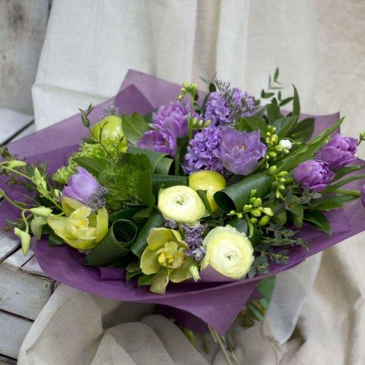 Слияние двух лун: букеты цветов на заказ Flowwow