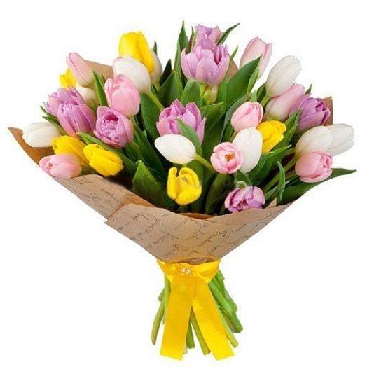 Букет из 35 тюльпана: букеты цветов на заказ Flowwow