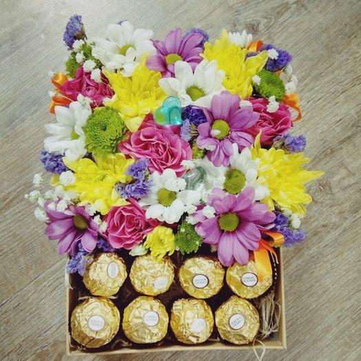 """Подарочная коробочка с конфетами """" Ферреро"""": букеты цветов на заказ Flowwow"""