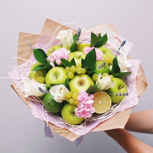 """Букет из цветов и фруктов """"Яблочко"""""""