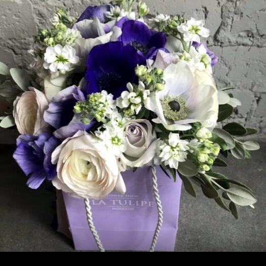Анемоны и Ранункулюсы: букеты цветов на заказ Flowwow