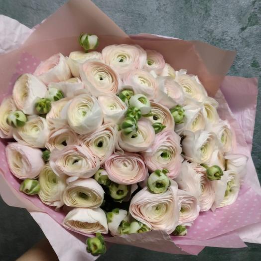 Букет из 39 ранункулюсов: букеты цветов на заказ Flowwow
