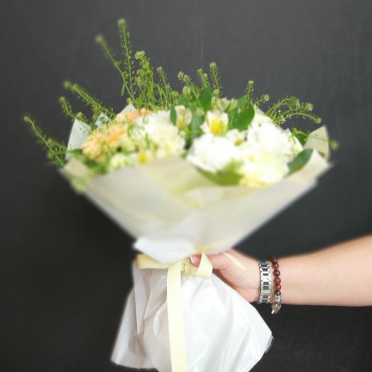 Белое сияние: букеты цветов на заказ Flowwow