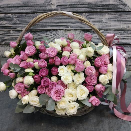 Корзина XL пионовидных кустовых роз