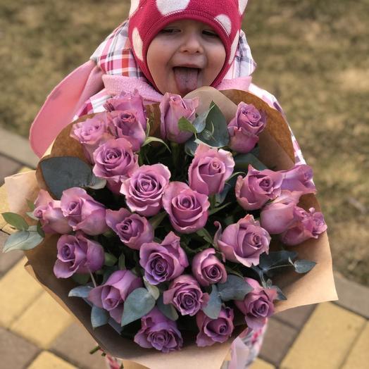 Букет фиолетовых роз «Забияка»
