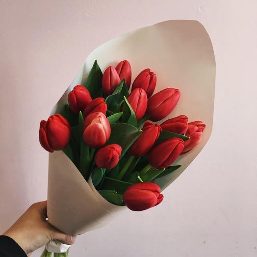 13 тюльпанов любимой
