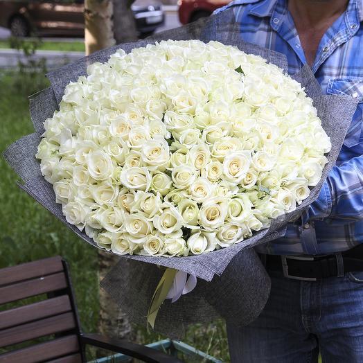 151 белая роза: букеты цветов на заказ Flowwow