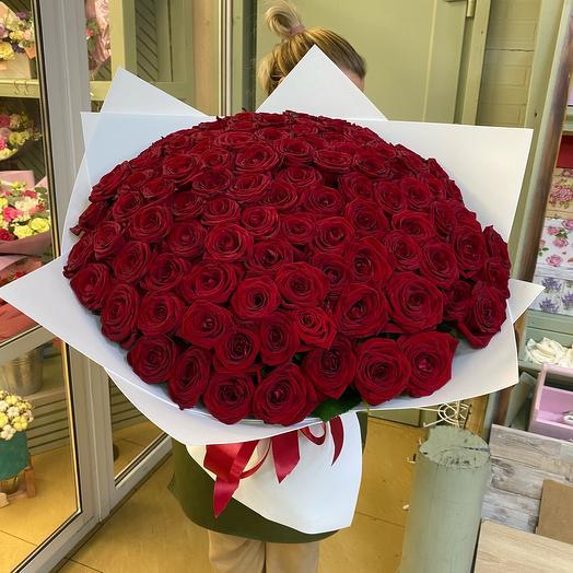 Букет из 101 розы «Наоми»