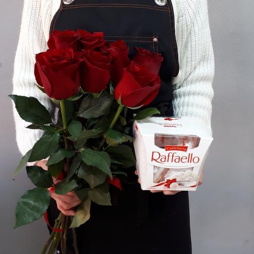 Набор Рафаэлло и розы