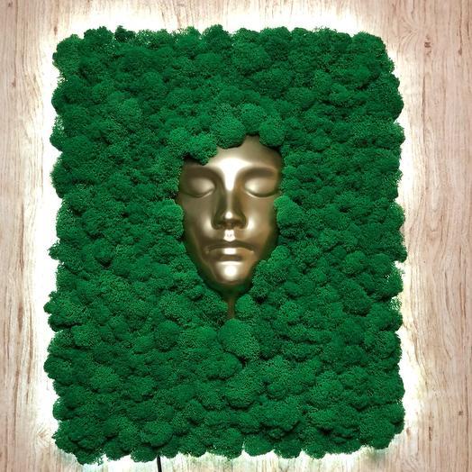 Золотая маска и мох с подсветкой