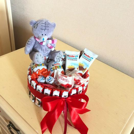 Коробка из киндеров с шоколадом и мишкой Тэдди