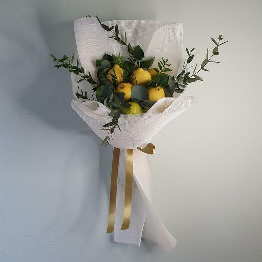 Букет из лаймов , лимонов и мяты с эвкалиптом