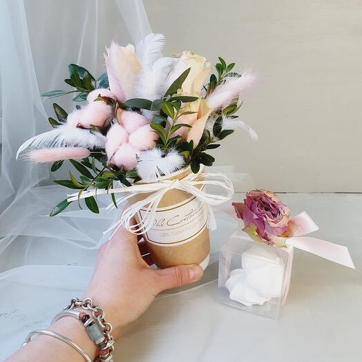 Цветочный стаканчик с сюрпризом