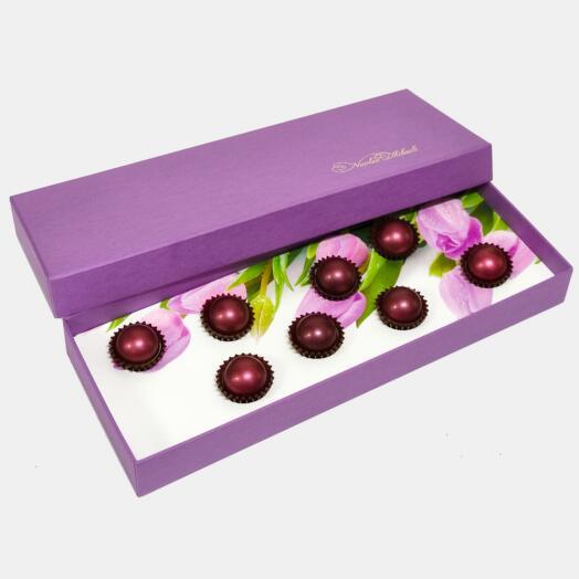 """Шоколадные конфеты  """"Манго"""" в ложементе с тюльпанами"""