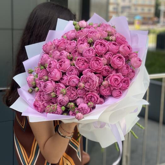 Букет Розовые сладости из 25 веток пионовидных роз