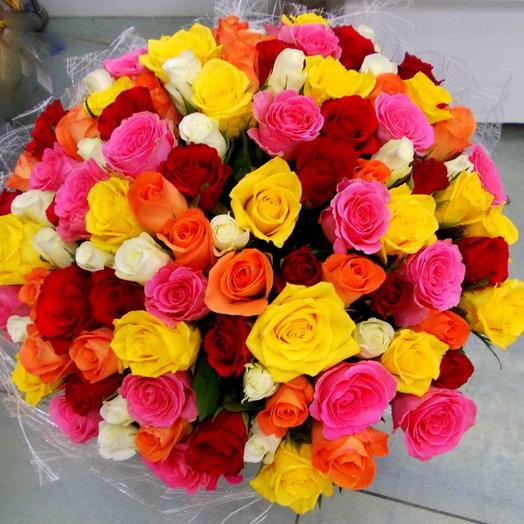 Букет из разноцветных роз 40см