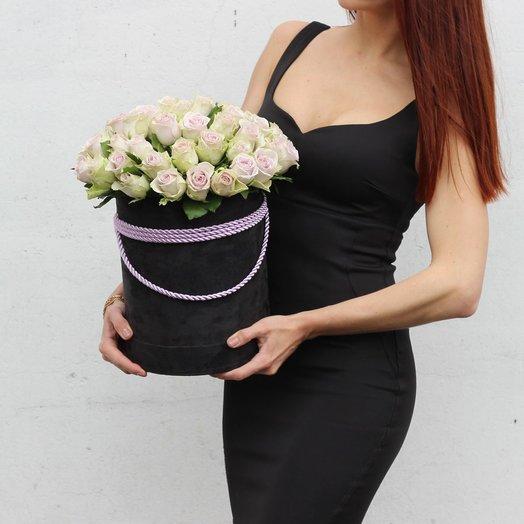Фиолетовая роза в черной коробке: букеты цветов на заказ Flowwow