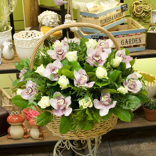 "Корзина цветов ""Рапсодия"": букеты цветов на заказ Flowwow"