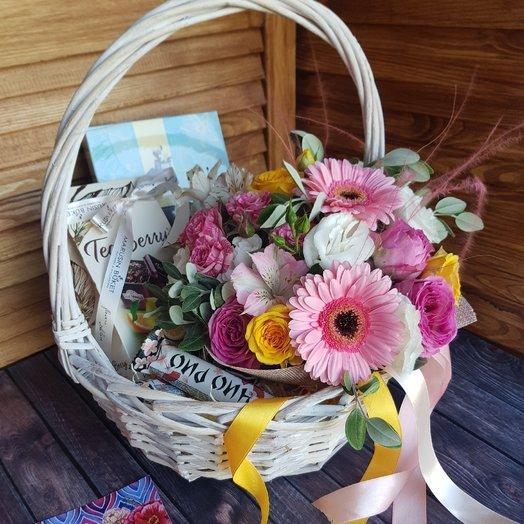 Подарочный  набор: букеты цветов на заказ Flowwow