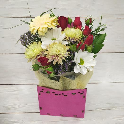 """Цветочный комплимент """"Яркий"""": букеты цветов на заказ Flowwow"""