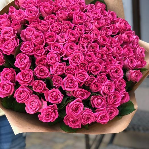 111 розовых роз