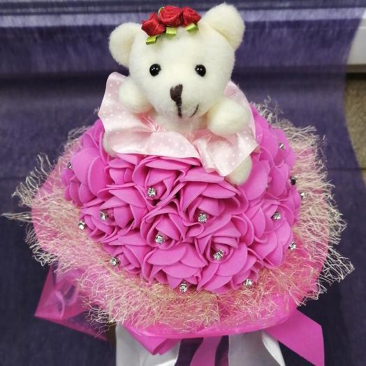 Мишка в розах с розочками: букеты цветов на заказ Flowwow