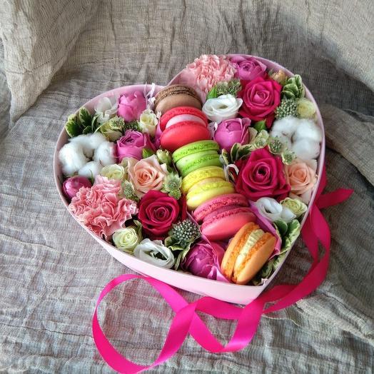 """Цветы для девушки """"Карусель"""""""
