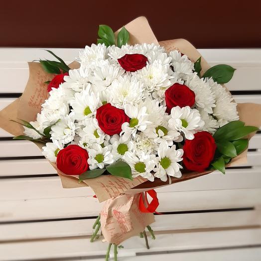 Хризантемы и розы