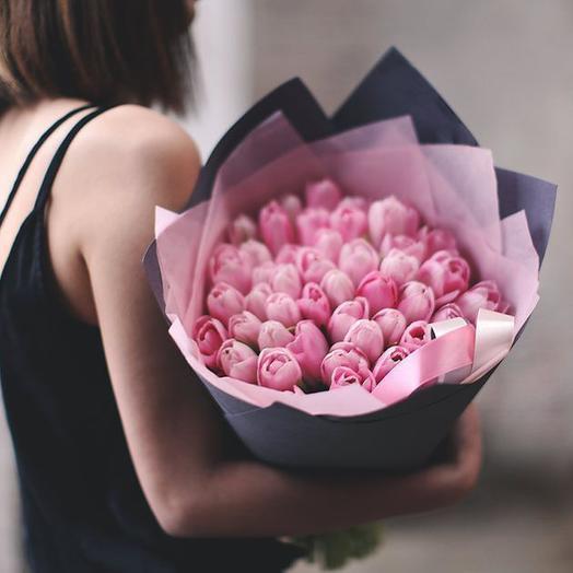 Букет из розовых тюльпанов Династия, 51 шт