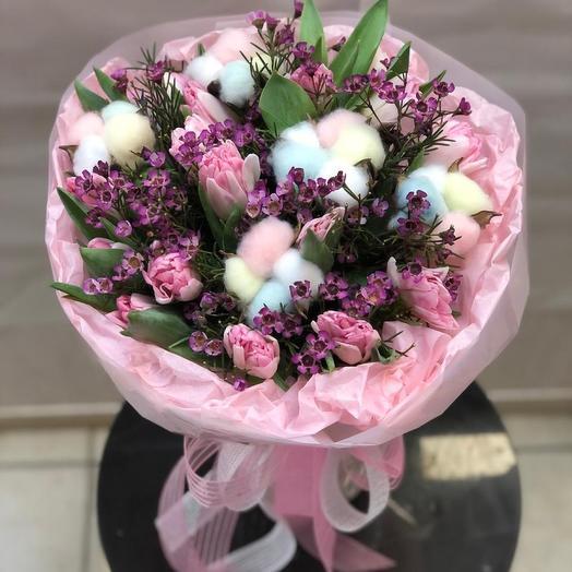 Стильный букет с тюльпанами