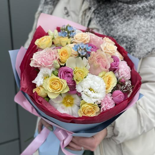 Bouquet of eustoma, tulips, oxypetalum and roses