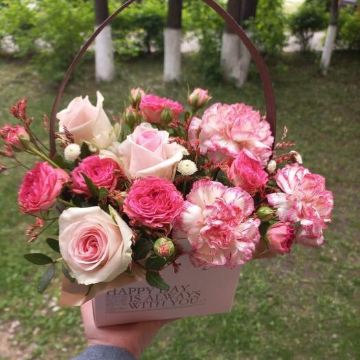 Цветы в коробке Розовое утро