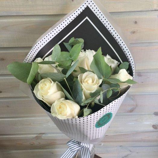 Белое на черном: букеты цветов на заказ Flowwow