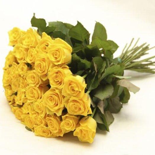 Букет из 30 желтых роз 60 см: букеты цветов на заказ Flowwow