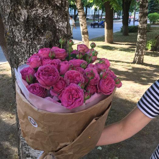 Букет из 13 пионовидных роз: букеты цветов на заказ Flowwow