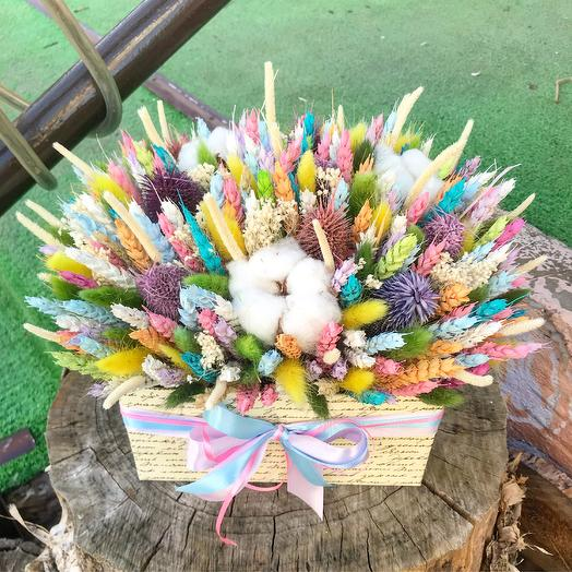 Коробка с сухоцветами: букеты цветов на заказ Flowwow