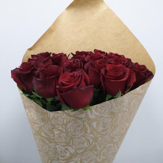Букет классических бордовых роз: букеты цветов на заказ Flowwow