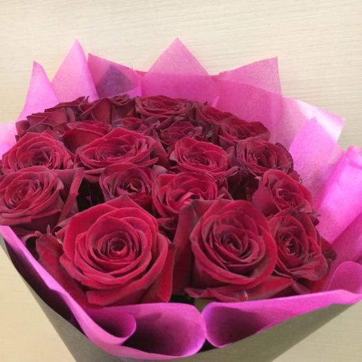 Шикарный букет из красных роз: букеты цветов на заказ Flowwow