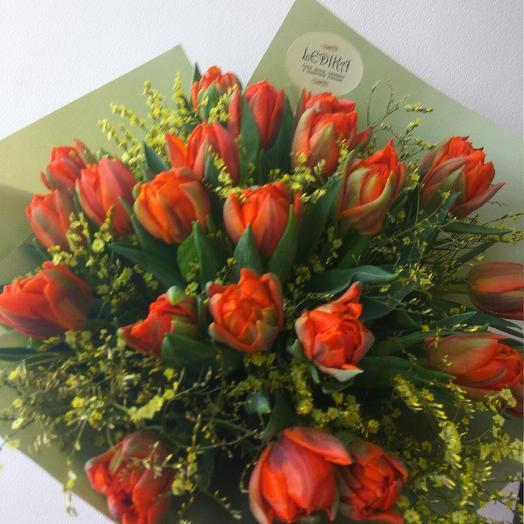 Стильные тюльпанчики: букеты цветов на заказ Flowwow