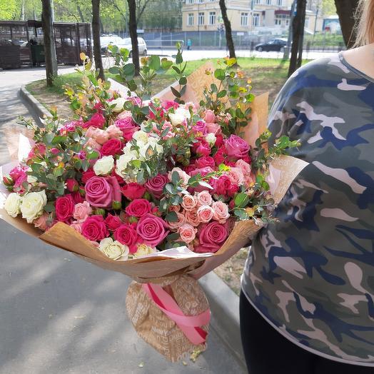 Первое свидание Z25: букеты цветов на заказ Flowwow
