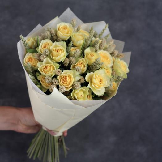 Букет из желтых роз со злаками: букеты цветов на заказ Flowwow