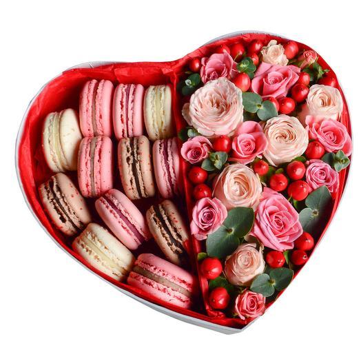 """Цветы в коробке """"Романтика """""""
