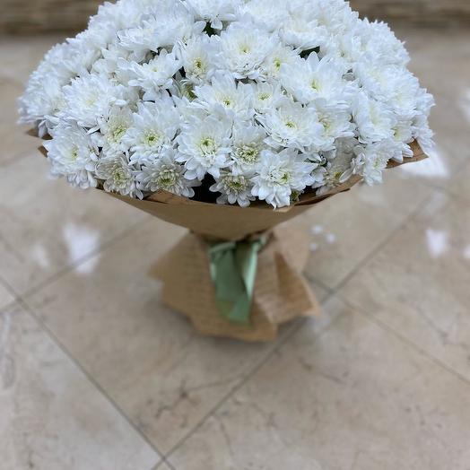 Букет из 25 белых хризантем кустовых: букеты цветов на заказ Flowwow