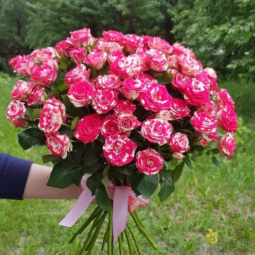 Монобукет из розовой  кустовой Розы
